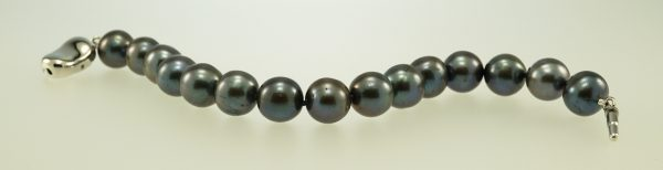 Black Freshwater Pearl Bracelet, Sterling Silver push clasp